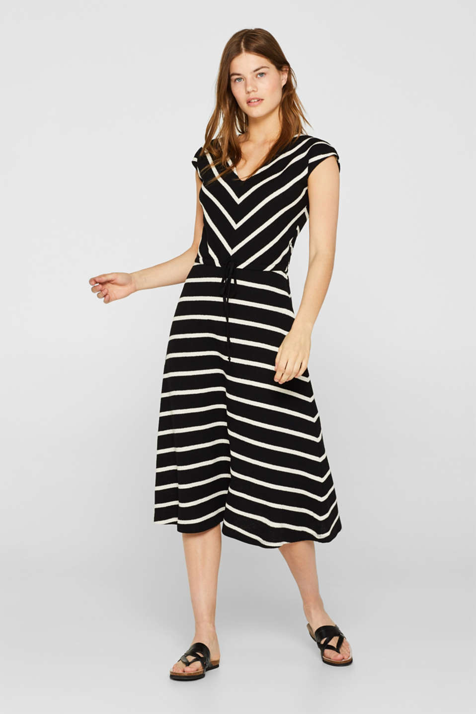 Esprit - Midi dress in textured knit fabric