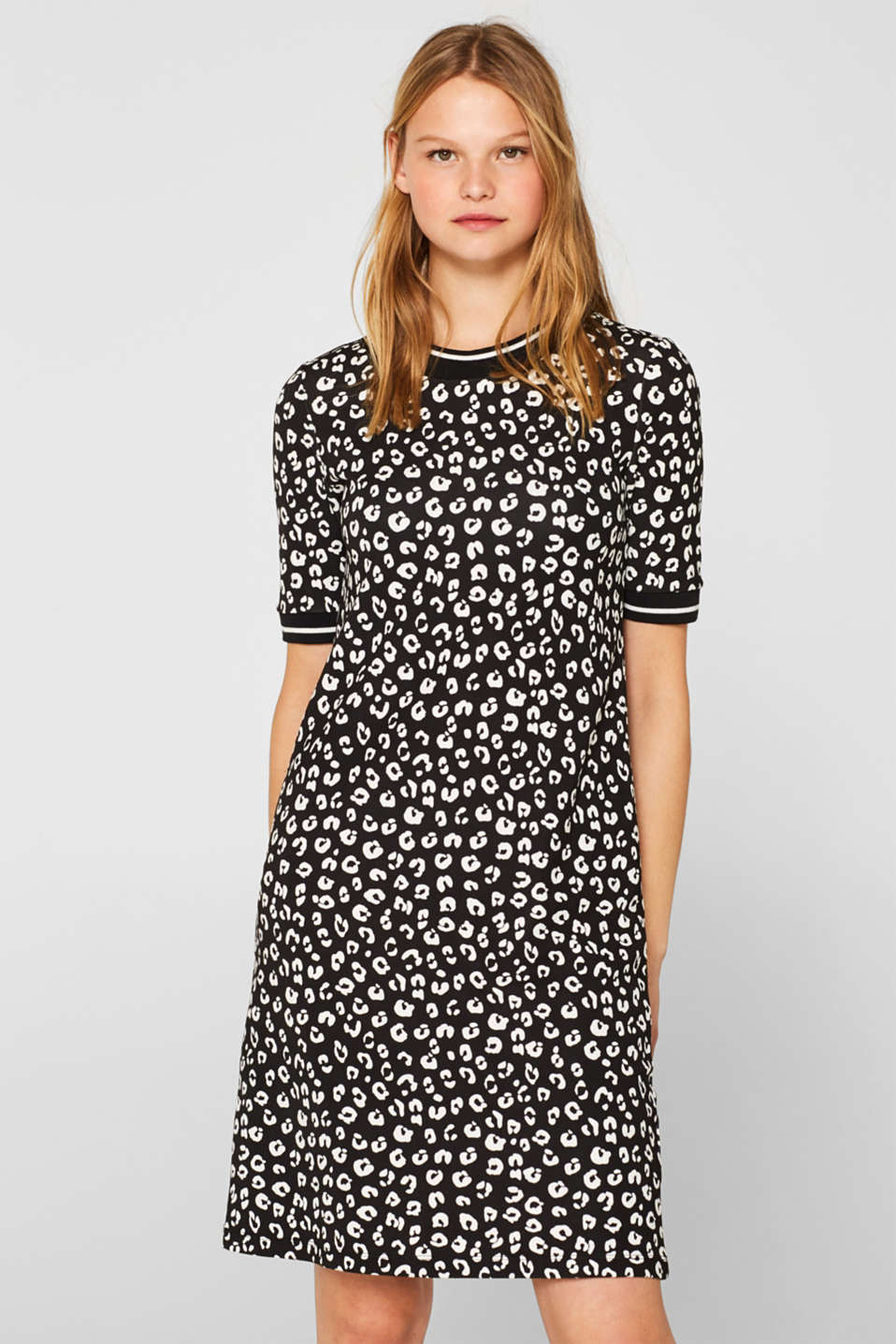 Esprit - Jersey dress with stretch and an animal print