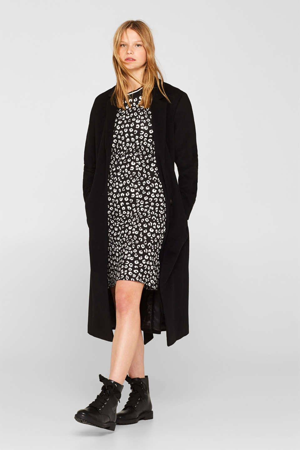 Jersey dress with stretch and an animal print, BLACK, detail