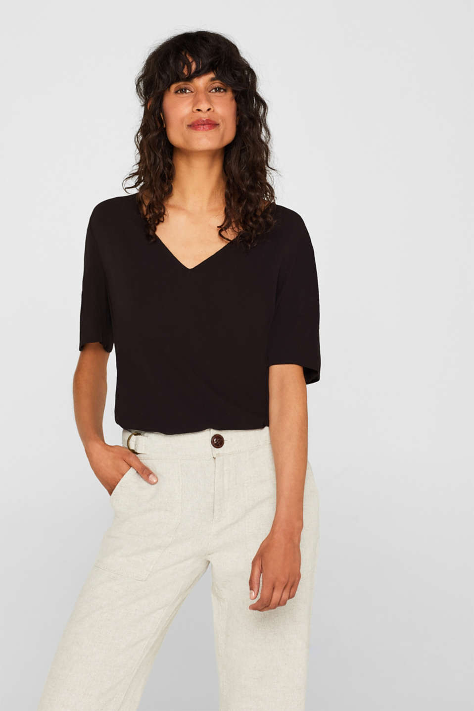 Esprit - Crêpe blouse top with flounce sleeves