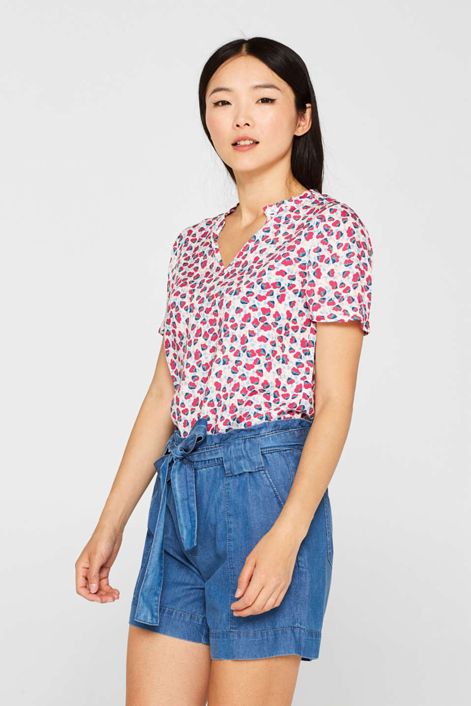 Esprit - Blouse top with print and frill details