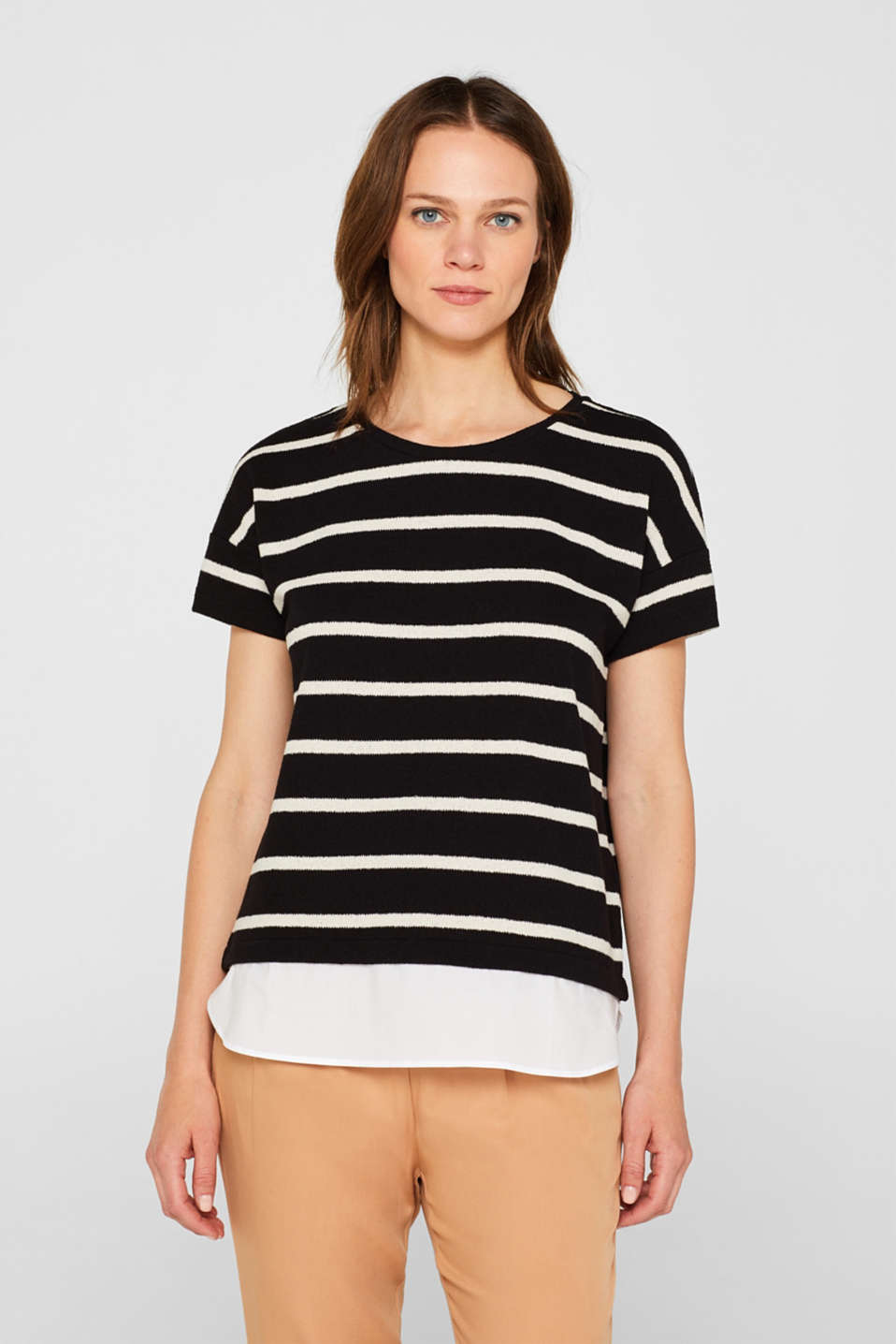 Esprit - Knitted top with a cloth hem