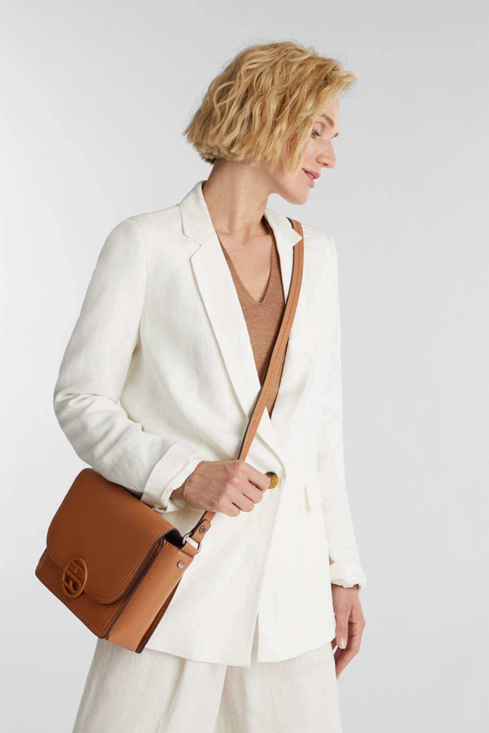 Faux leather shoulder bag, TOFFEE, detail image number 1
