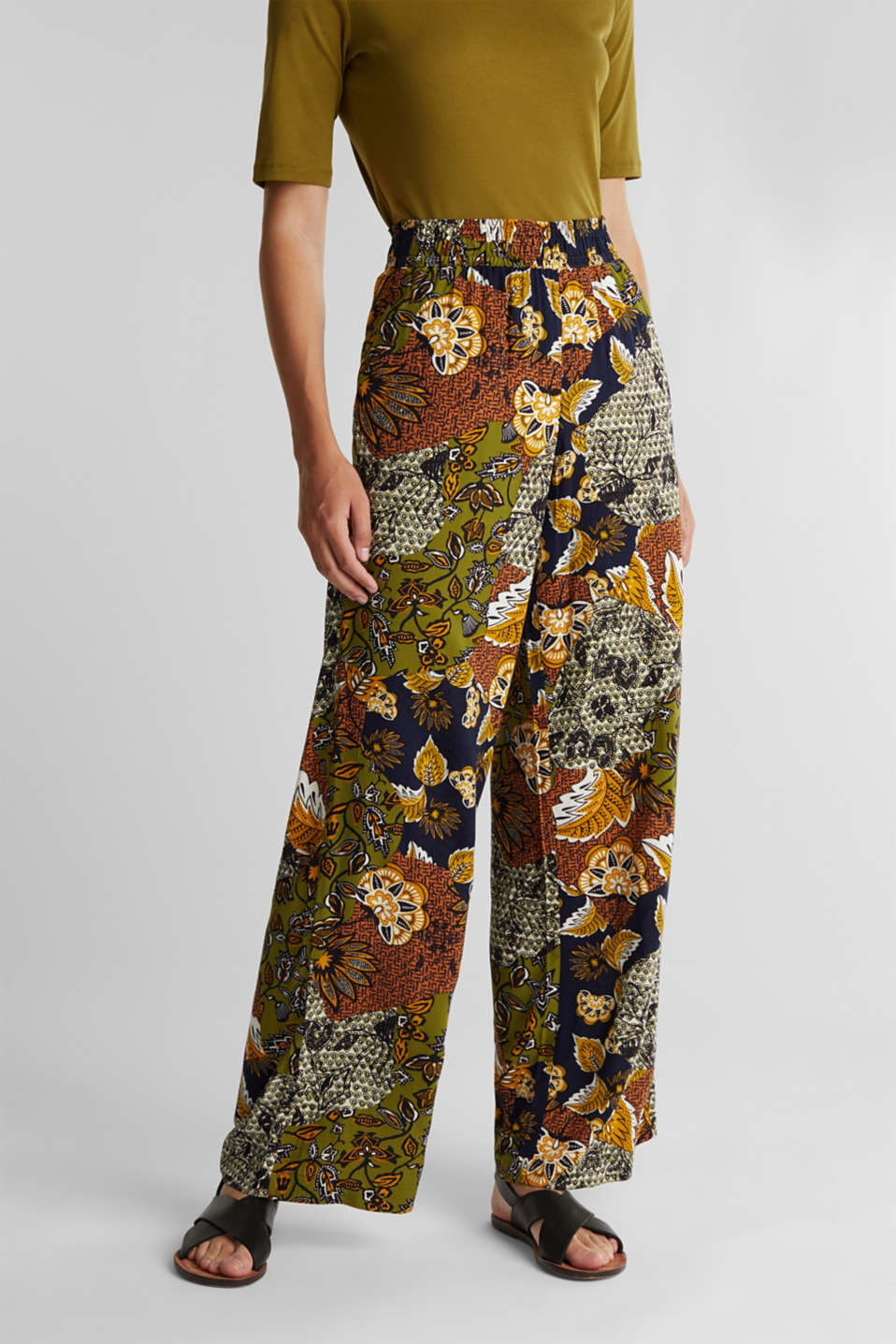 Esprit - Wide-leg trousers with print