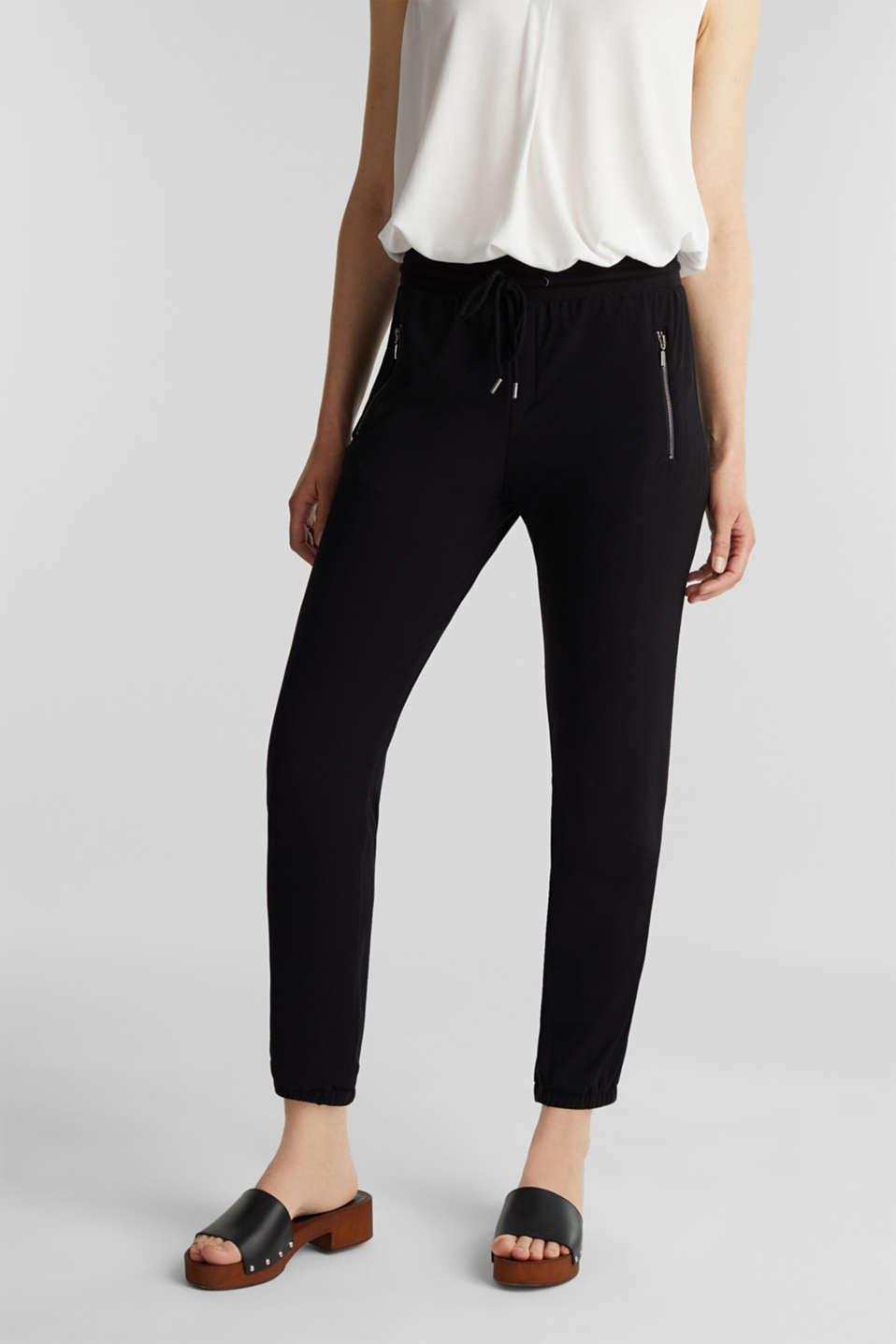 Esprit - Crêpe trousers in a tracksuit bottom style
