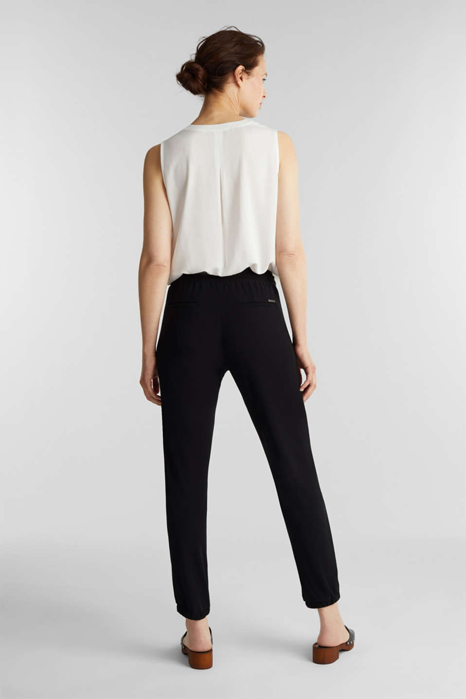 Crêpe trousers in a tracksuit bottom style, BLACK, detail image number 3