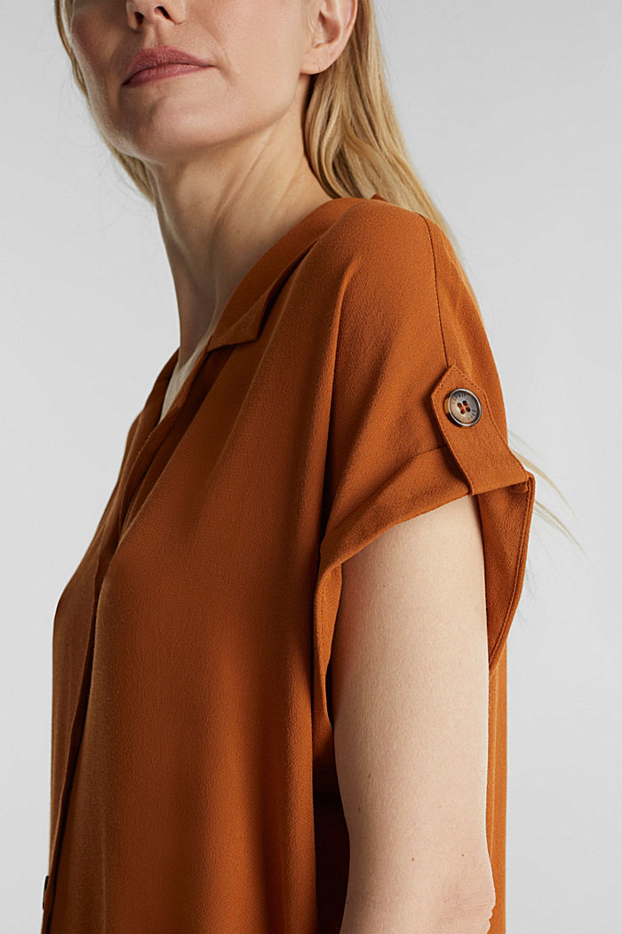 Crêpe blouse containing LENZING™ ECOVERO™, RUST BROWN, detail image number 2
