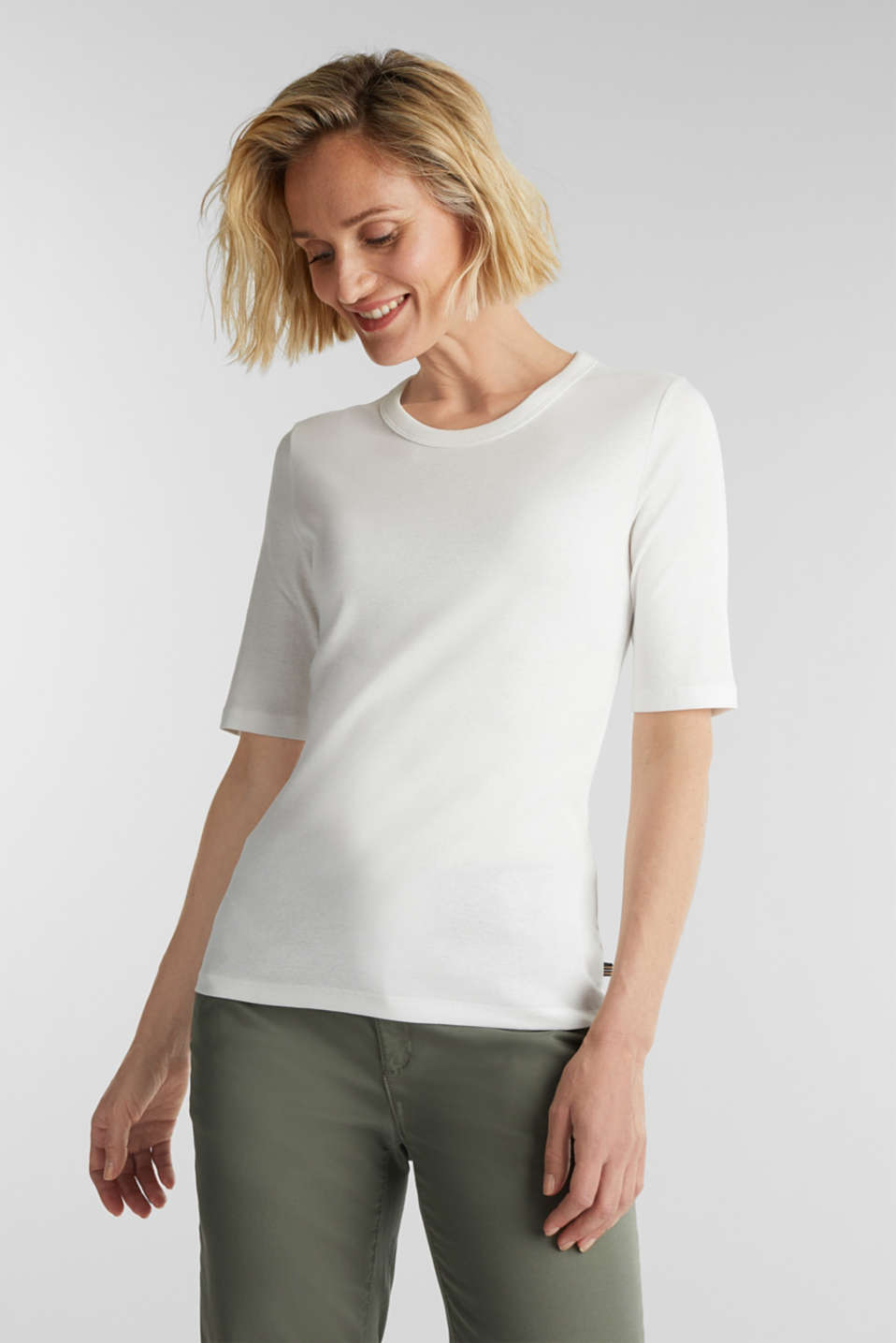 Esprit - Ribbed T-shirt made of 100% organic cotton