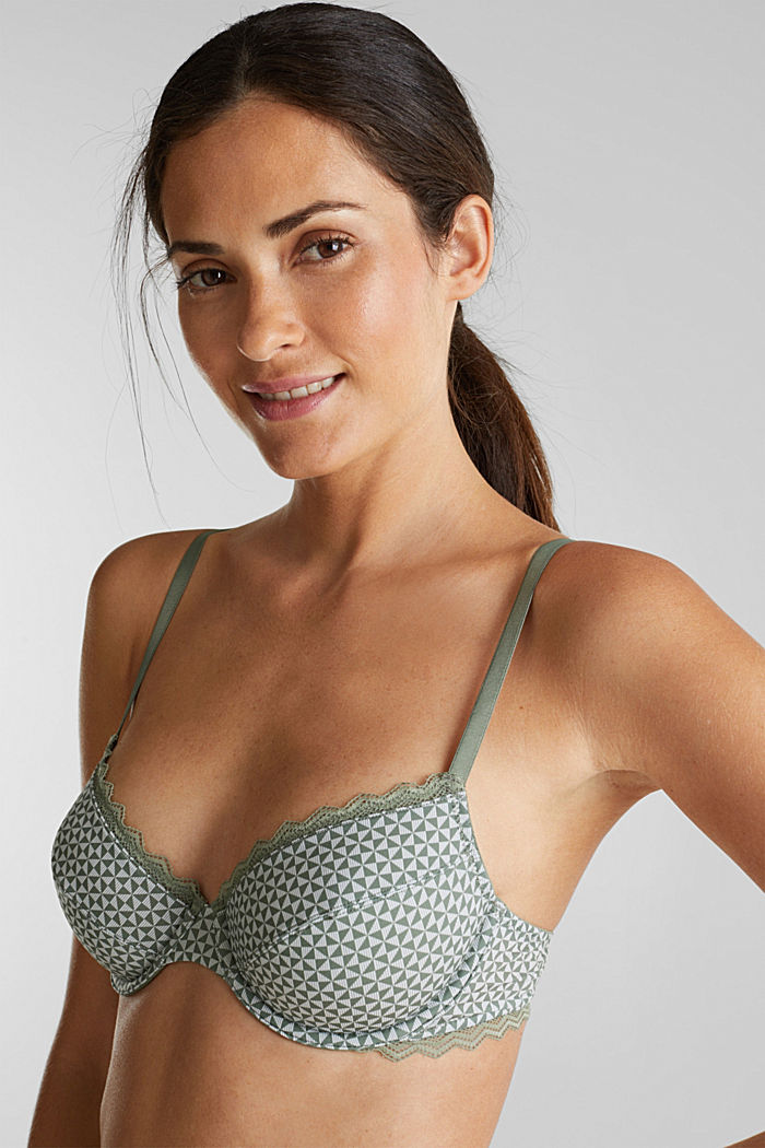 Underwire bra with lace