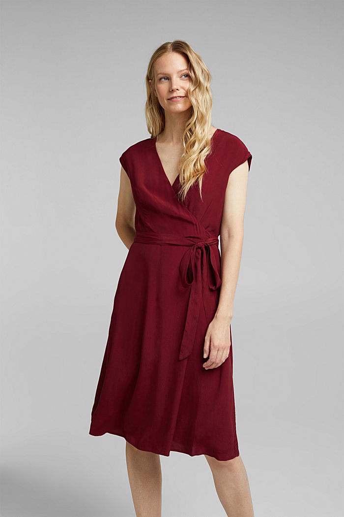 Soft dress with LENZING™ ECOVERO™, BORDEAUX RED, detail image number 0