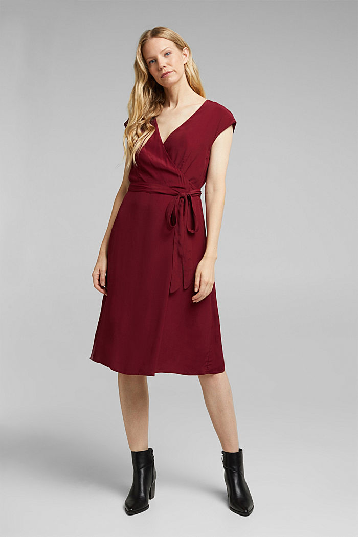 Soft dress with LENZING™ ECOVERO™, BORDEAUX RED, detail image number 1
