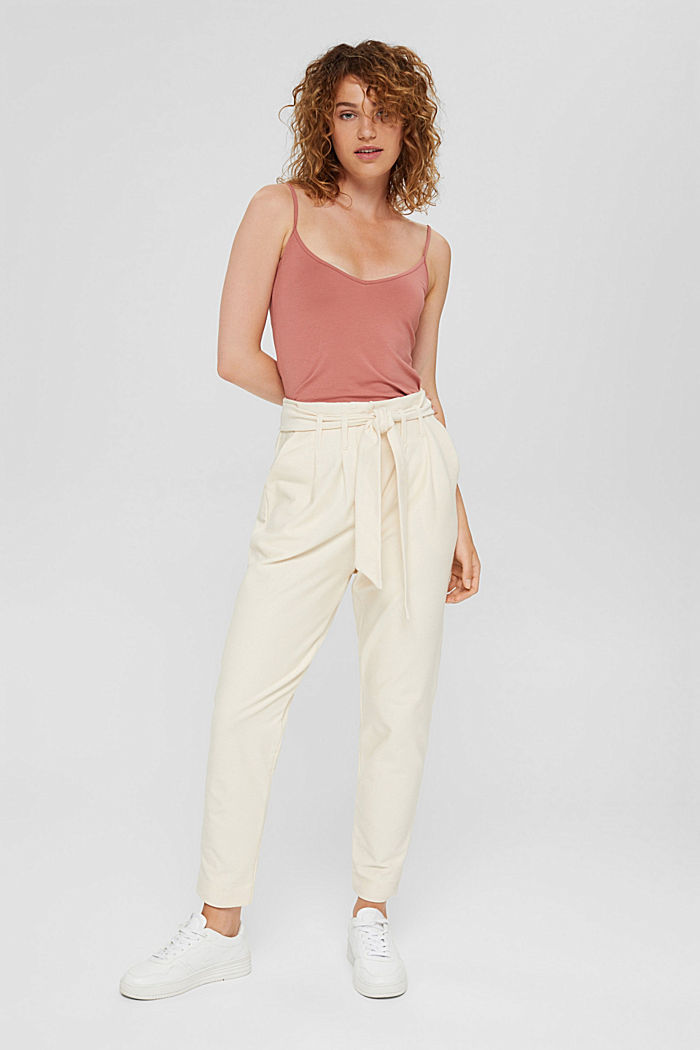 Tracksuit bottoms with fashion fit and belt