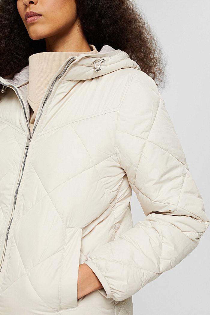 En matière recyclée: la veste matelassée à teneur en 3M™ Thinsulate™, OFF WHITE, detail image number 2