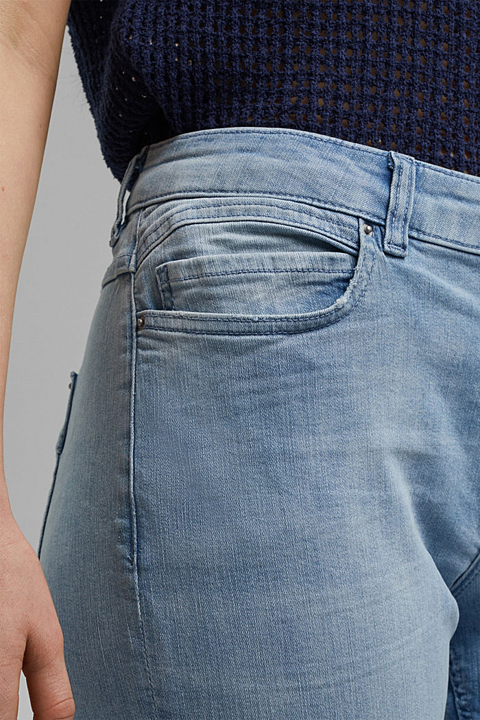 CURVY 7/8 jeans with a high waist, organic cotton, BLUE LIGHT WASHED, detail image number 2