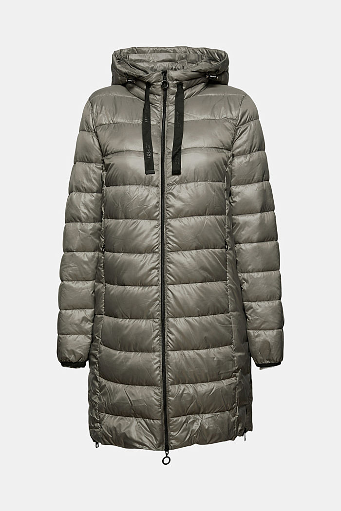 Recyklované: lehký prošívaný kabát s kapucí