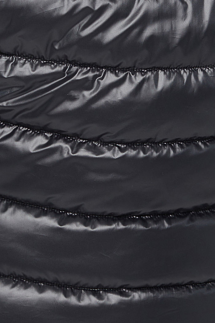 CURVY recycled: Quilted body warmer with a hood, BLACK, detail image number 4