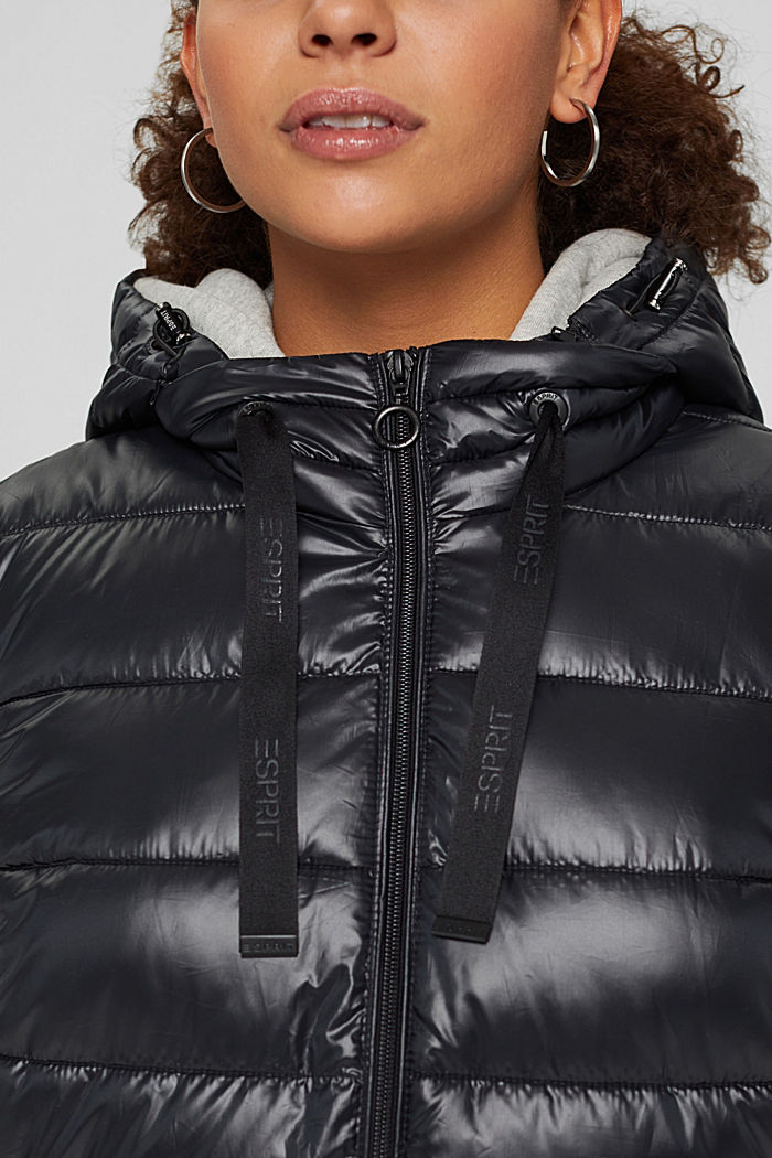 CURVY recycled: Quilted body warmer with a hood, BLACK, detail image number 5