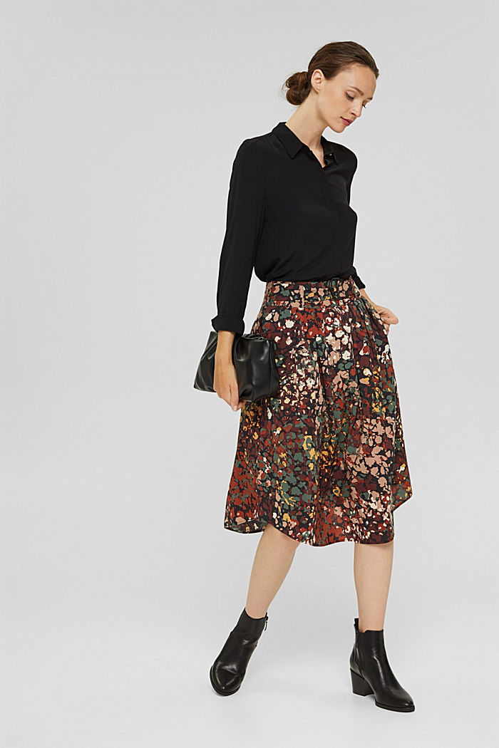 A-line skirt with a floral print