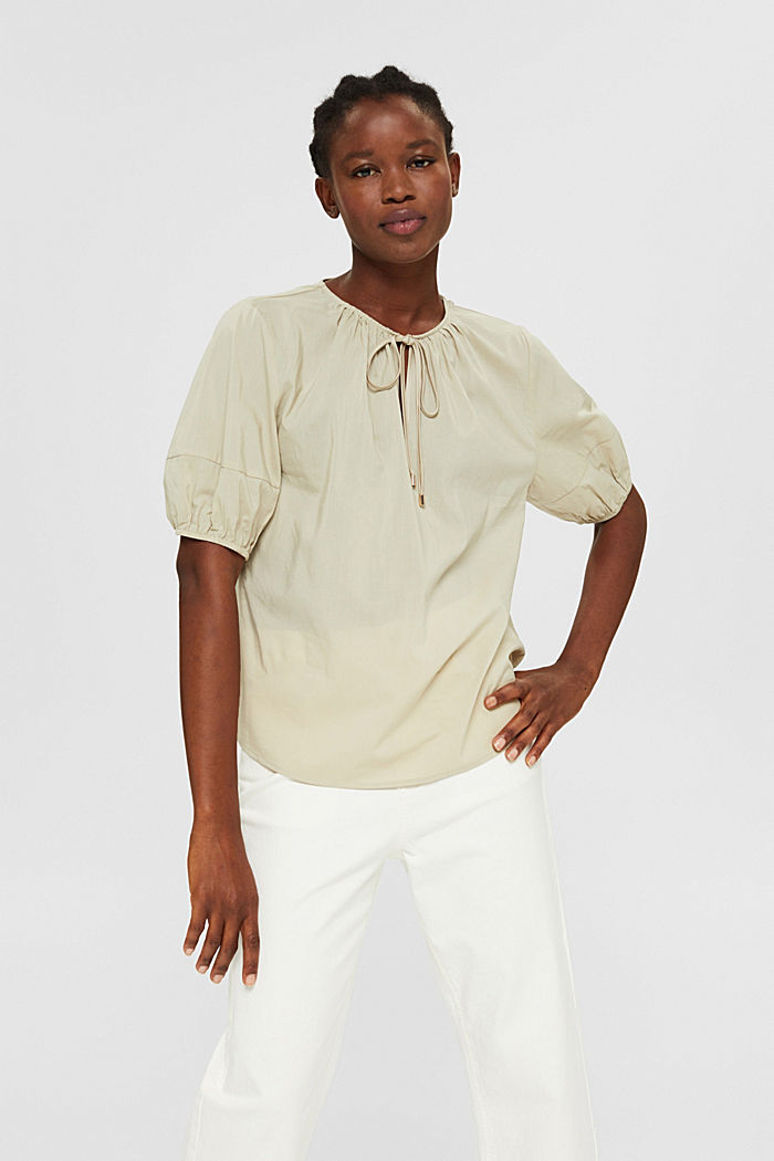 Blouse with mid-length sleeves made of blended cotton