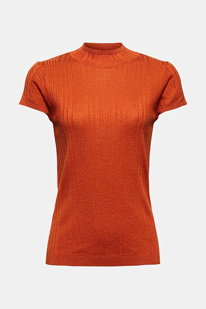 À teneur en laine: le pull-over texturé à manches courtes