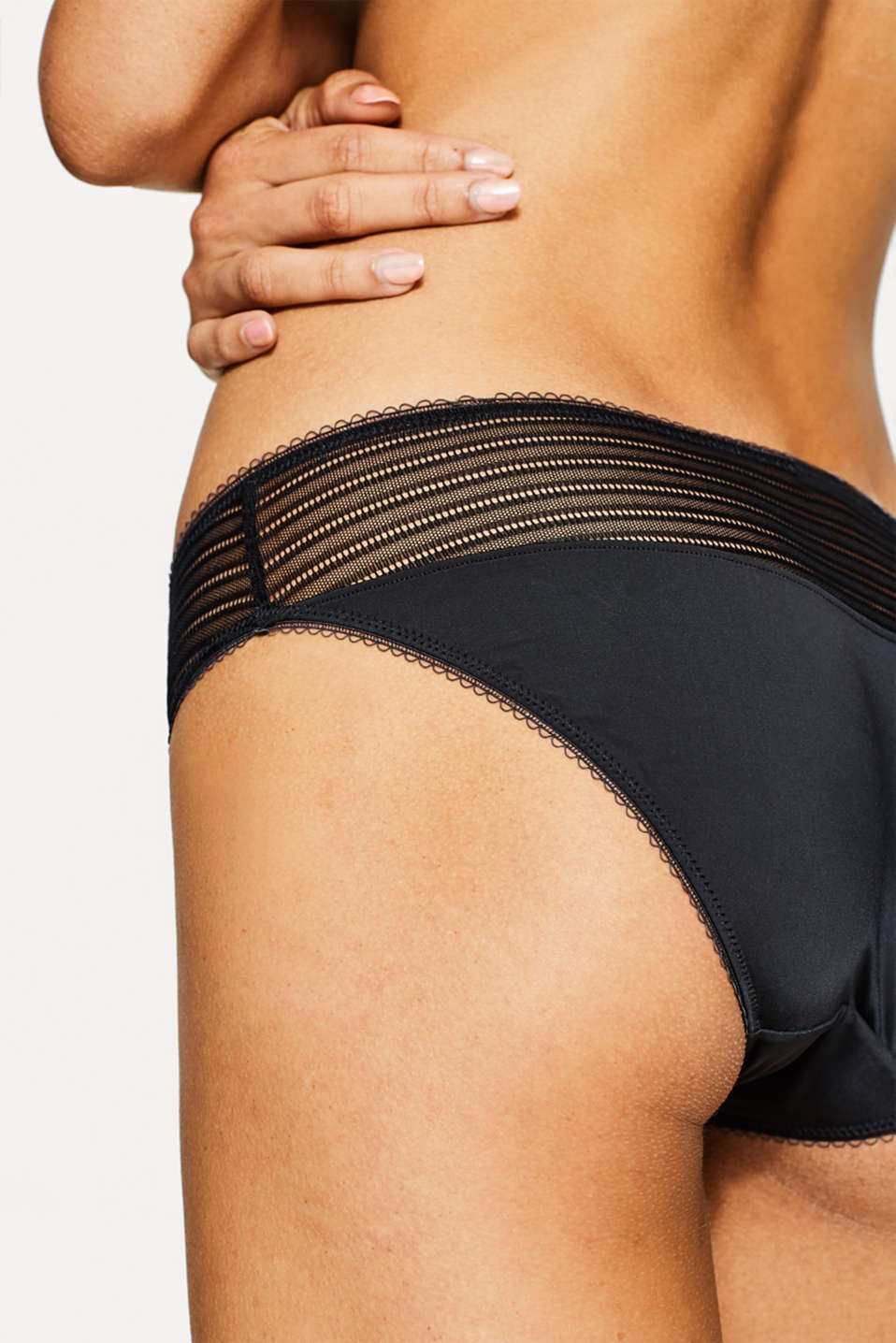 Briefs with a sheer waistband