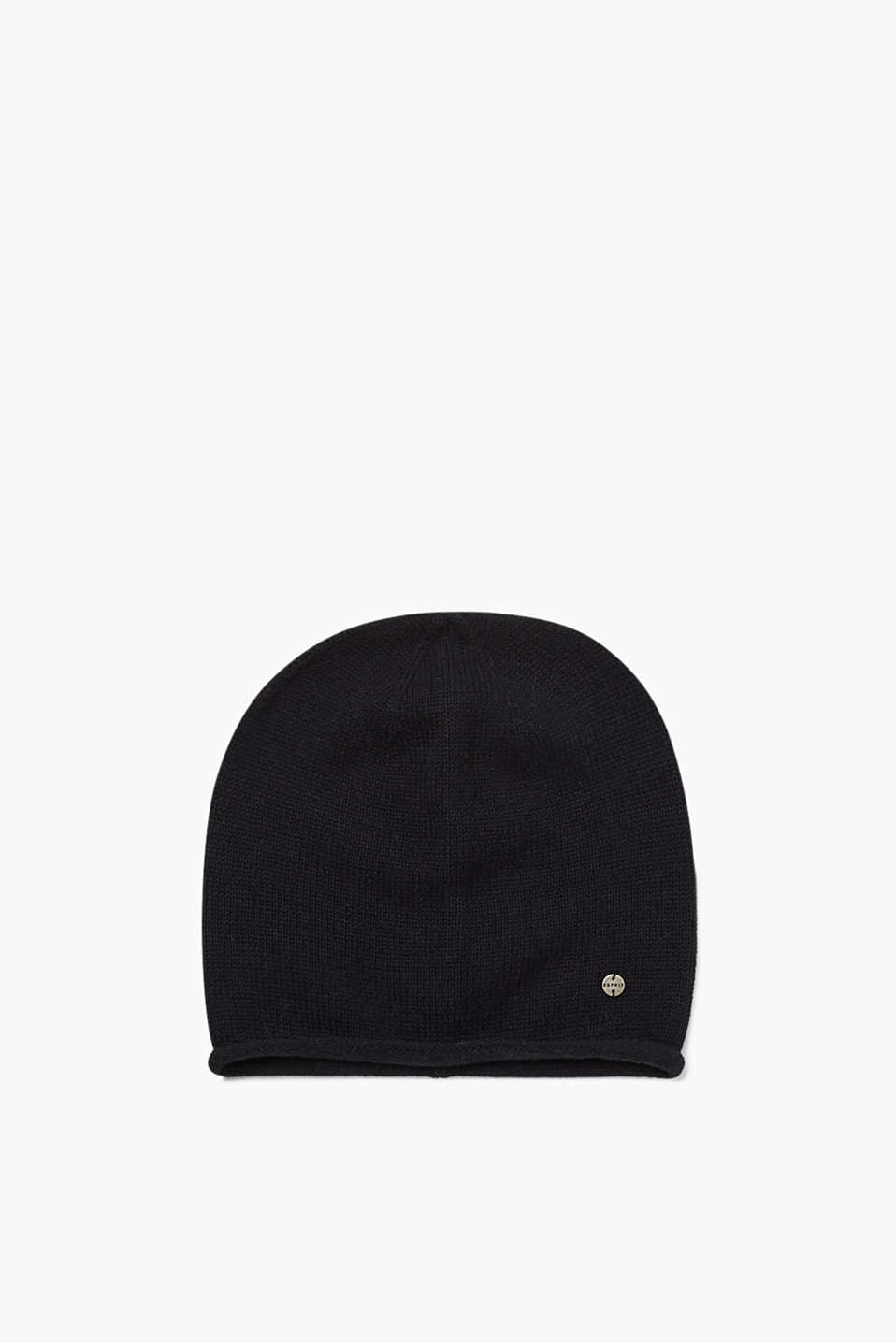 Knitted beanie in 100% cotton
