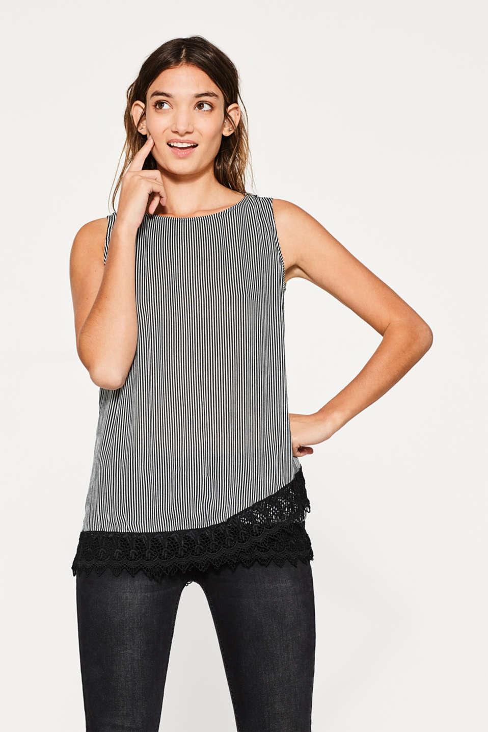 Esprit - Flowing crinkle top with crocheted lace