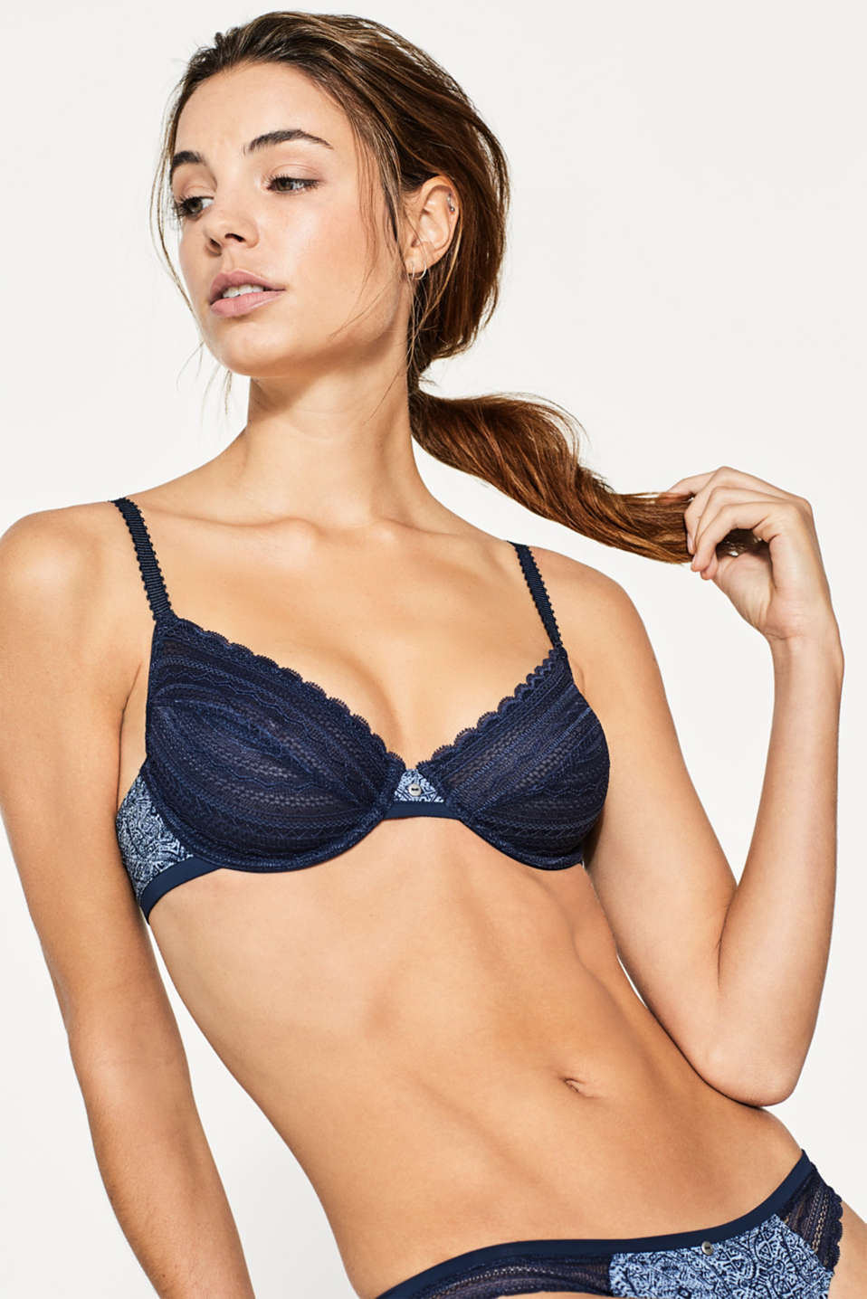 Esprit - Printed unpadded underwire bra with lace