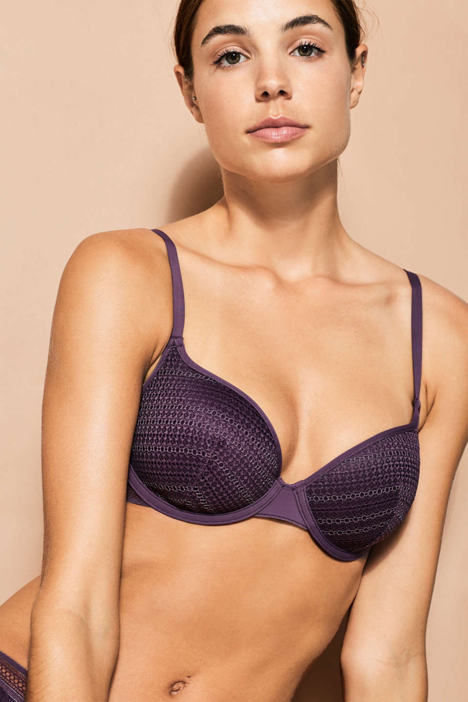 Esprit - NYE padded bra in graphic lace