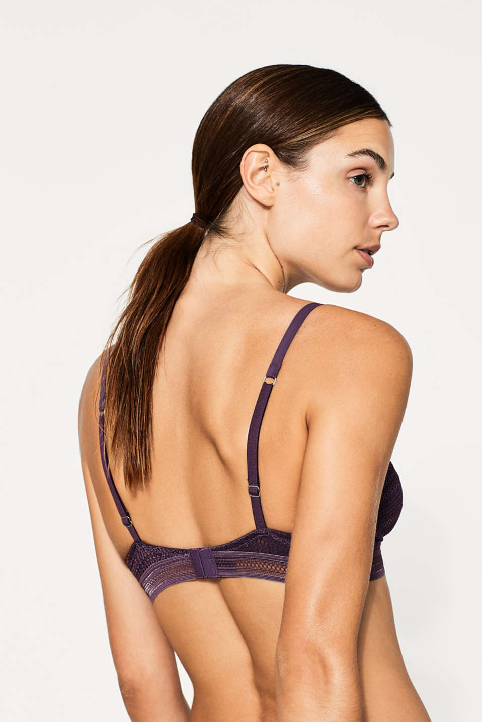 NYE wireless bra in graphic lace