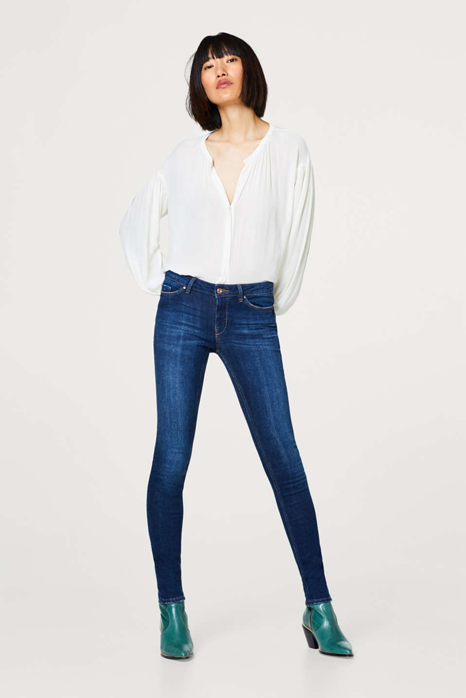 edc - Stretch-Jeans mit Washed- oder Destroyed-Effekten