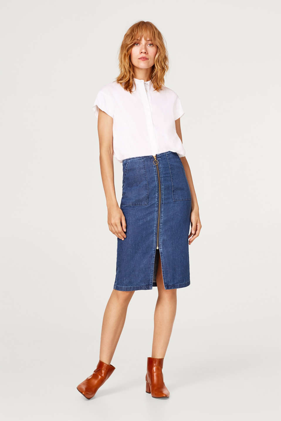 edc - Denim skirt with a zip, 100% cotton