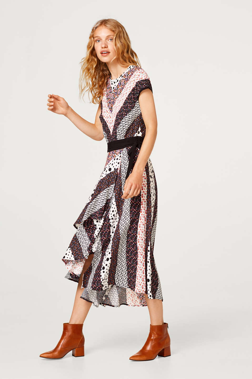 edc - Dress in a mix of patterns with a high-low hem