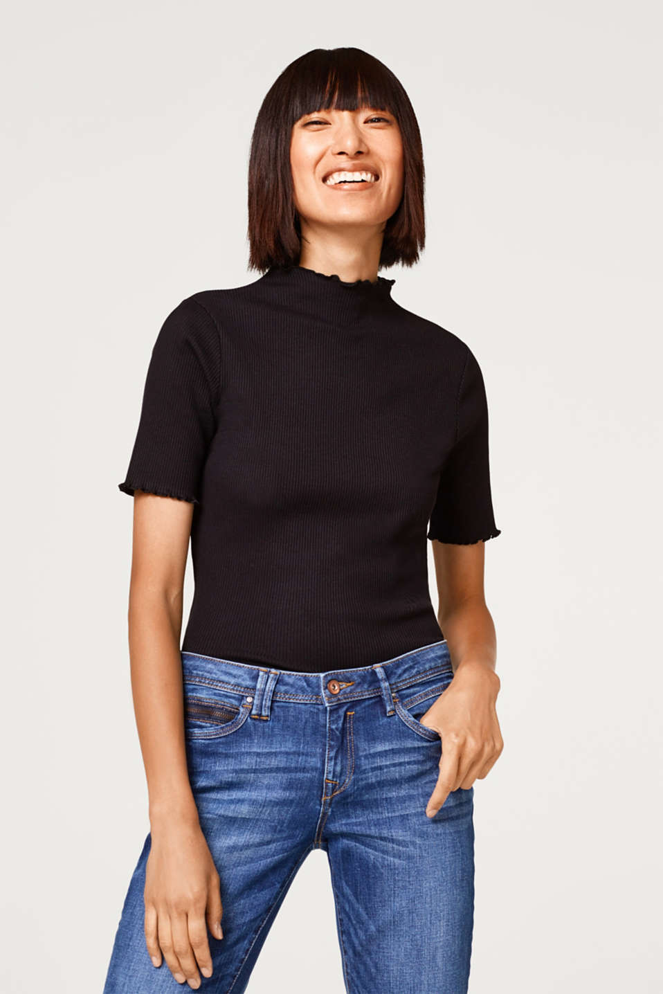 edc - Top with a turtleneck collar in ribbed jersey