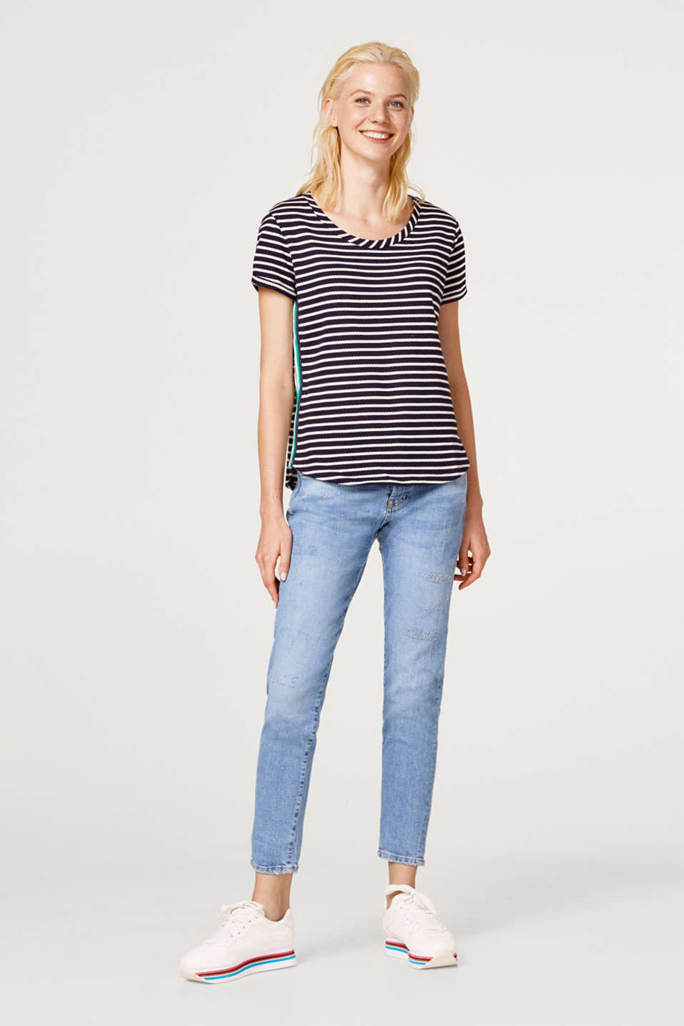Top with racing stripes, 100% cotton
