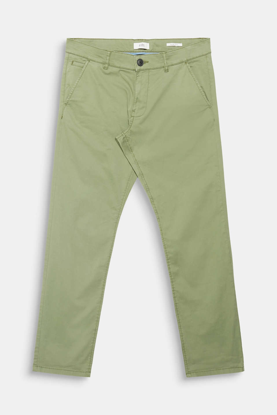 A brilliant basic begging for wardrobe space: Chinos made of stretch cotton.