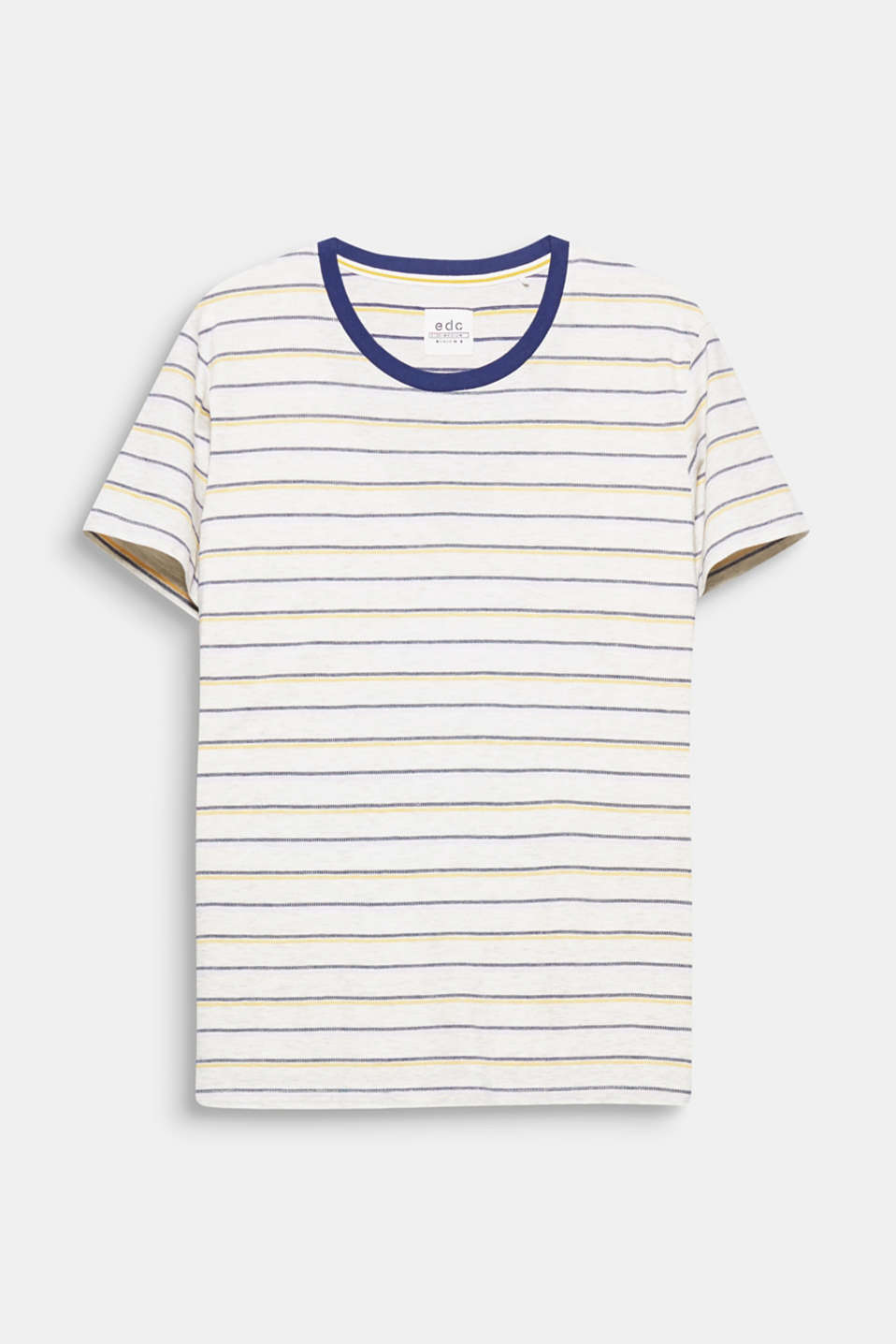 A casual look! The multi-colour striped look gives this T-shirt its stand-out look.
