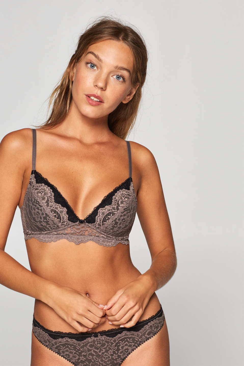 edc - Padded bra made of floral lace