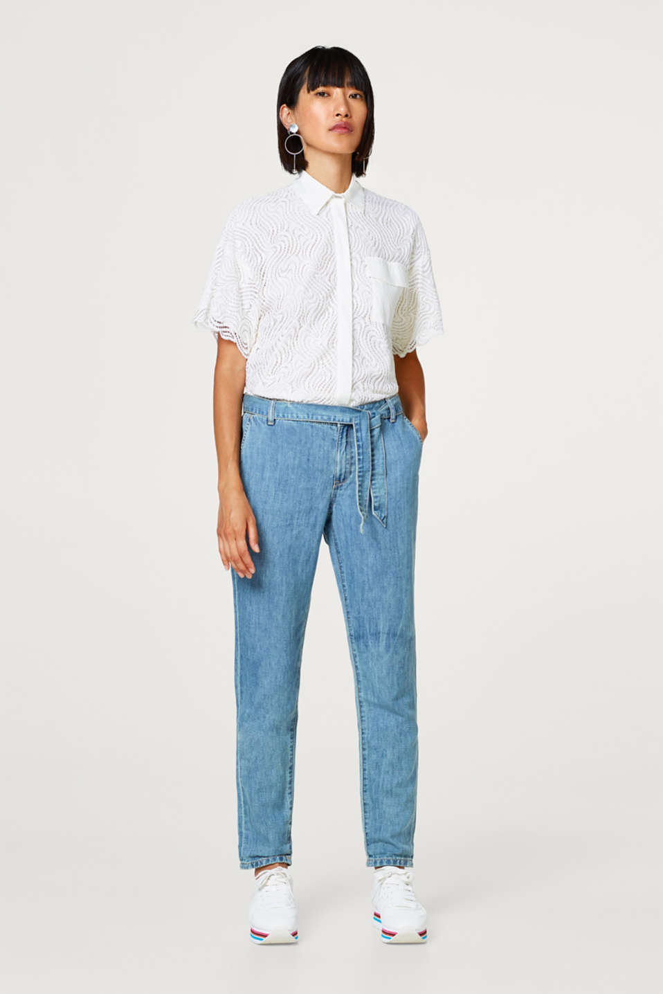 Esprit - Linen blend: jeans with a tie-around belt