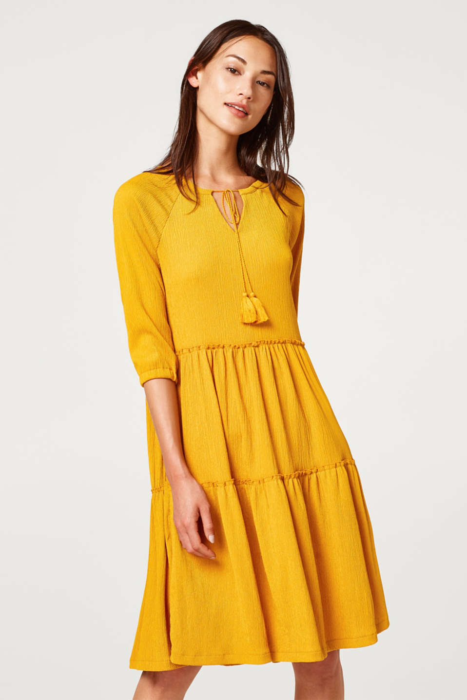 6c8195d3f563 Ungdommelig Esprit - Crinkle-kjole med A-formet volantskørt i Esprits Online -Shop