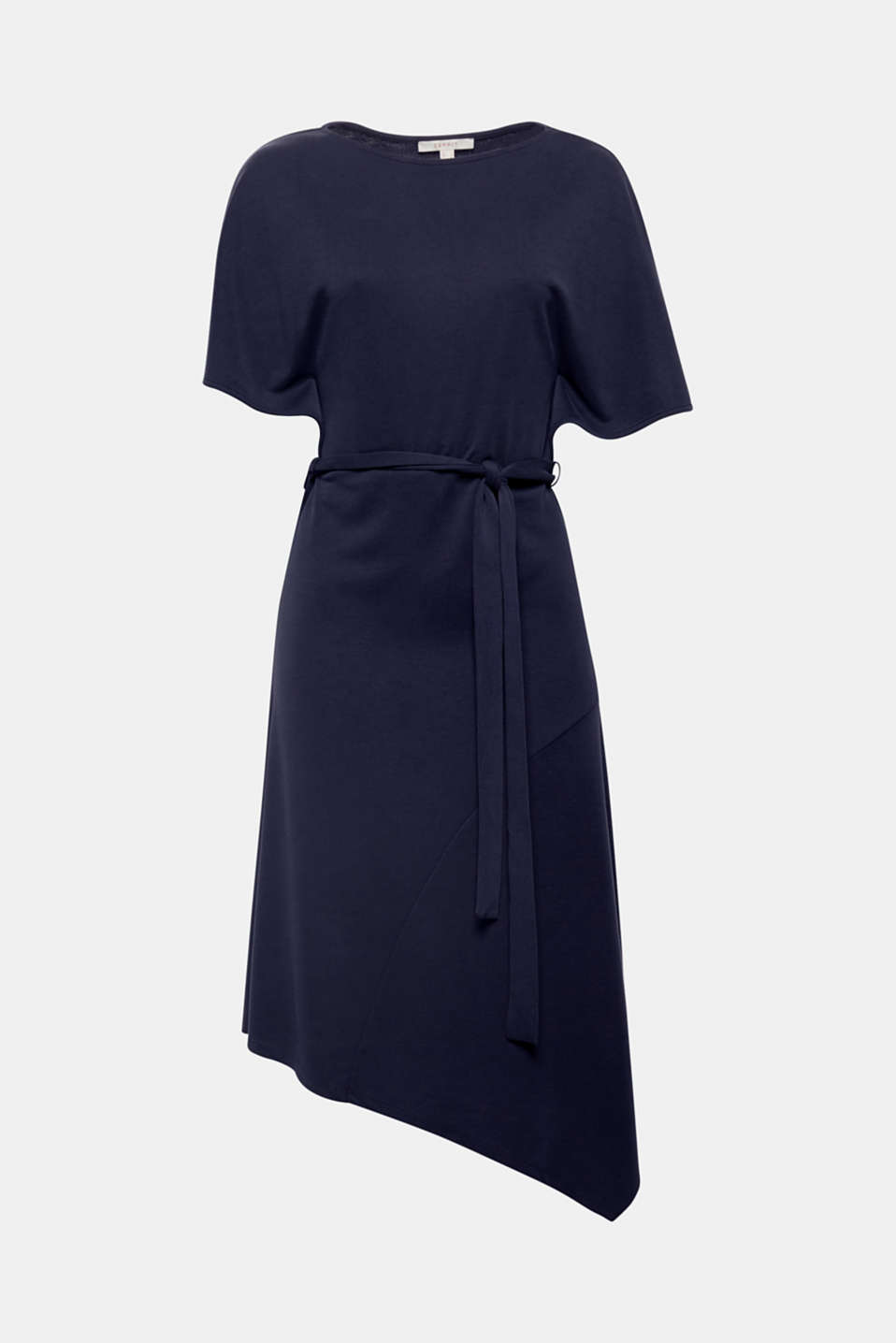 The new dresses are super comfortable and wow with new cuts – just like this piece in incredibly soft jersey with batwing sleeves, tie-around belt and asymmetric hem!