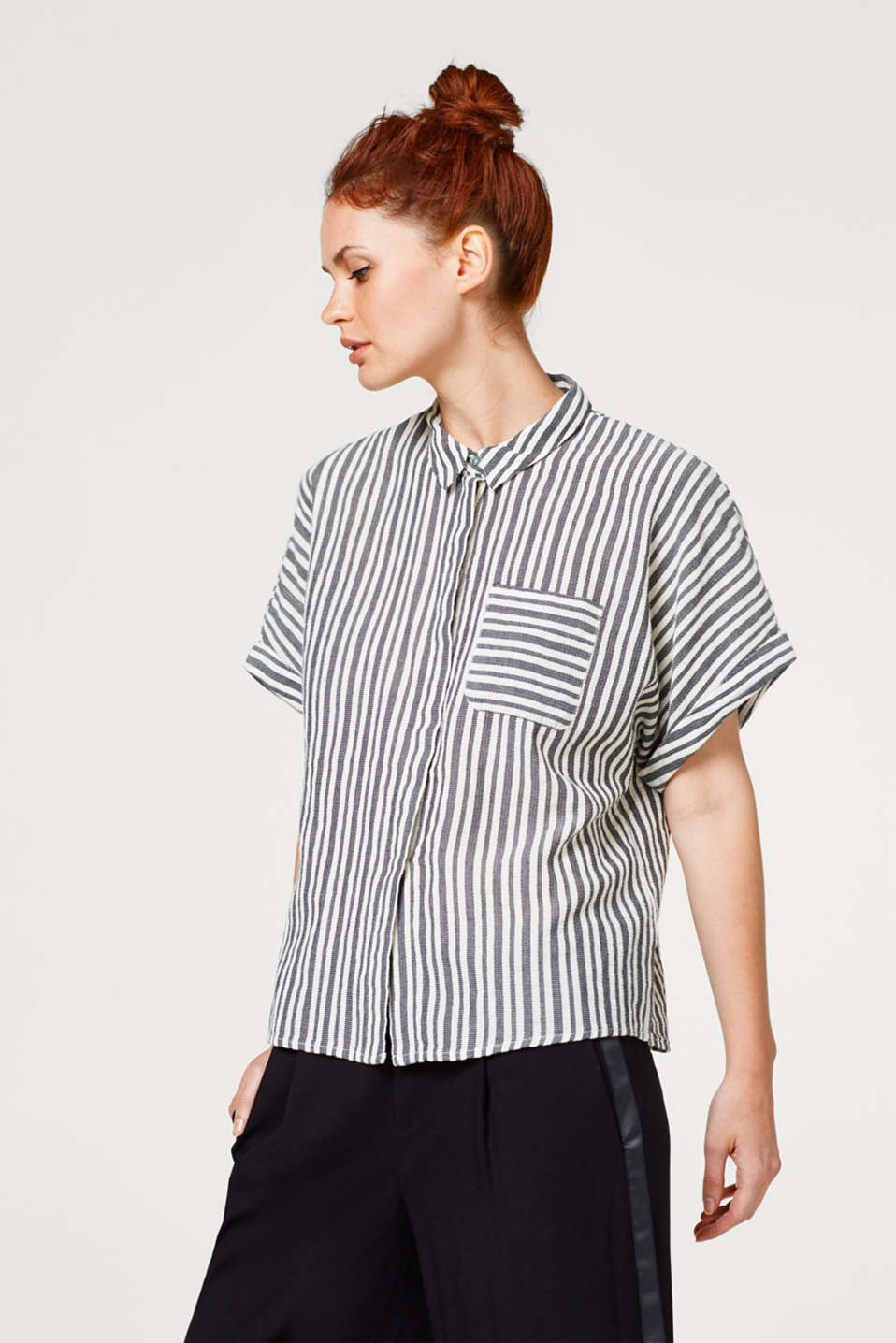 Esprit - Blouse in a striped look, in 100% cotton