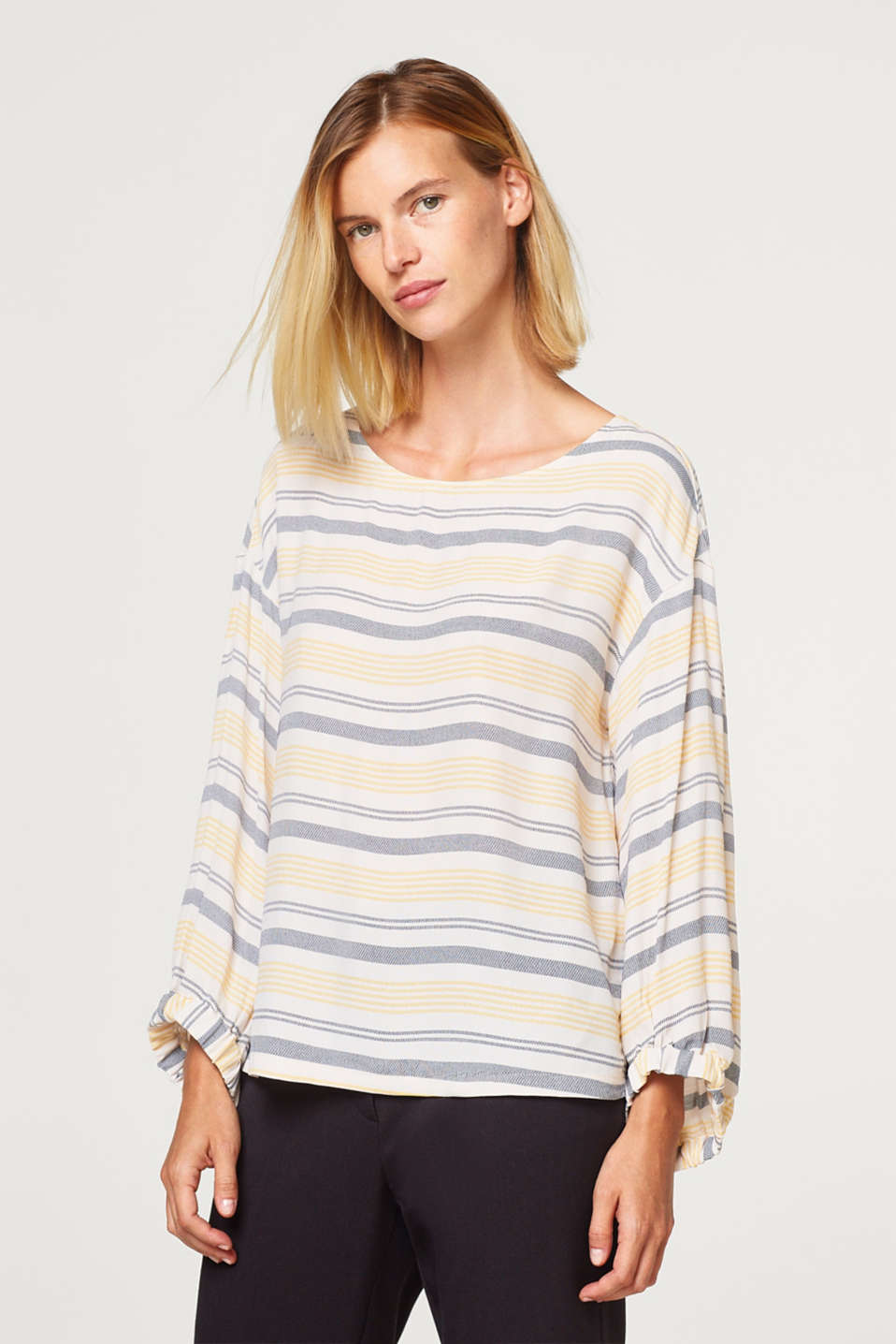Esprit - Blouse with woven stripes and balloon sleeves