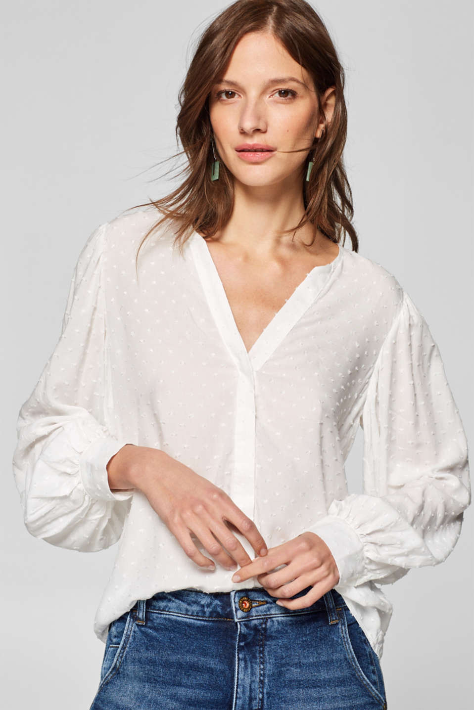 Esprit - V-neck blouse with woven polka dots