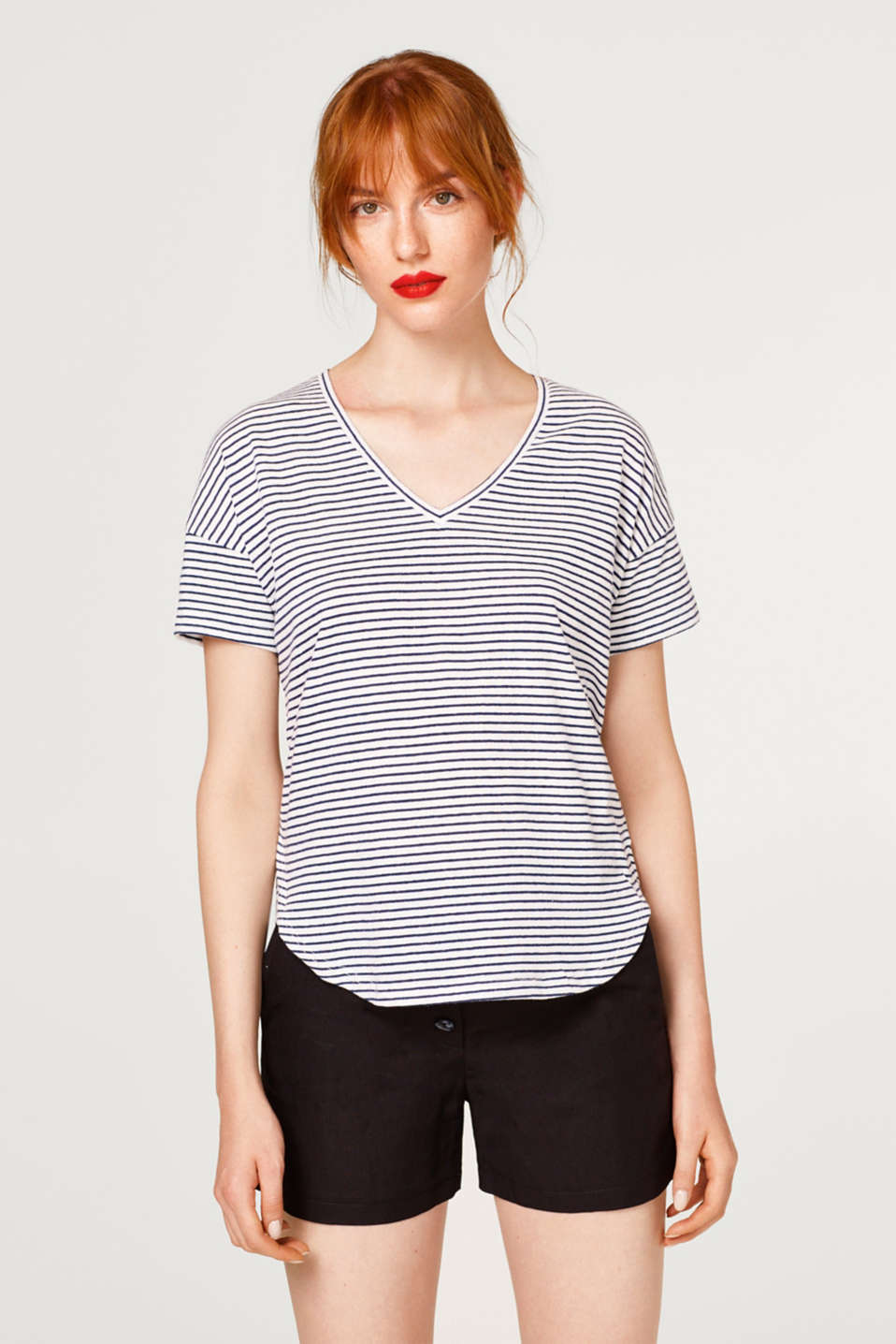 Esprit - Stretch T-shirt with stripes and V-neck