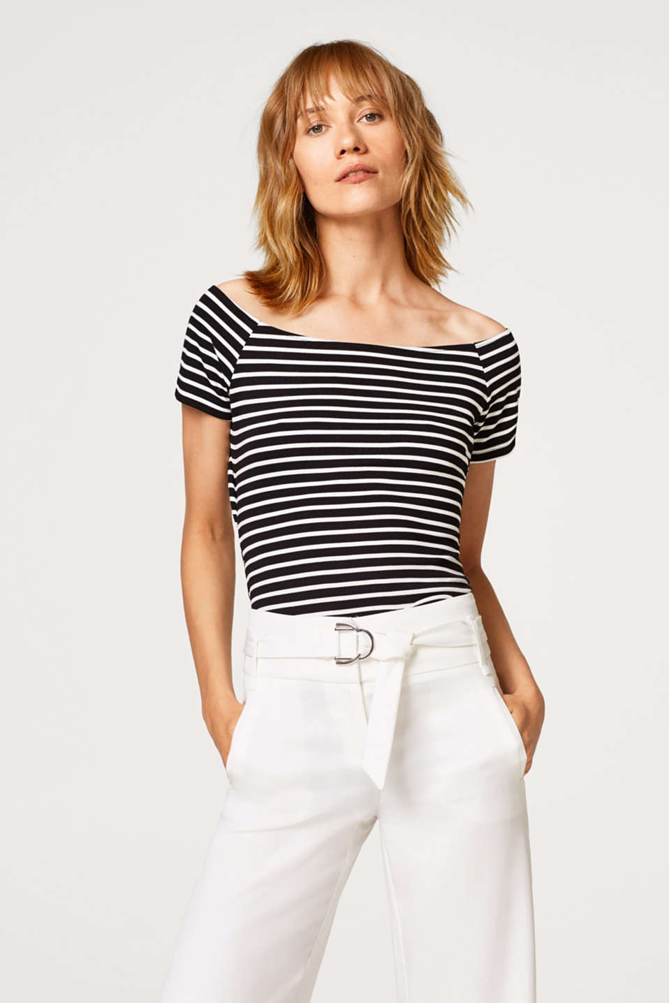 Esprit - Schulterfreies Stretch-Shirt mit Cut-Out