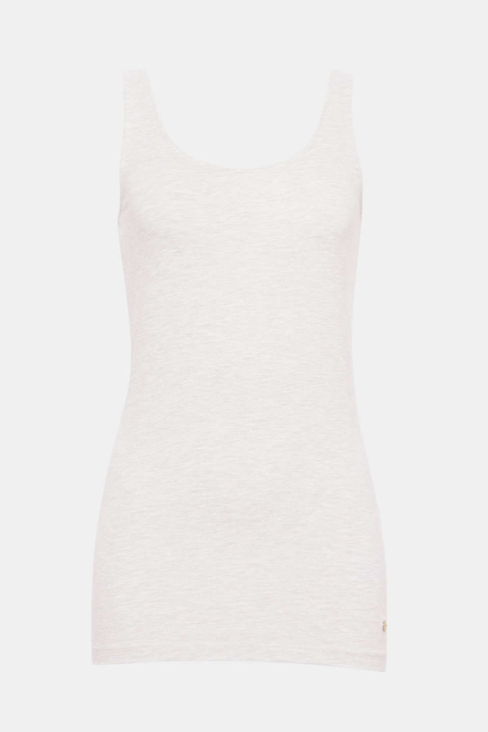 Your summer essential: vest in a longer cut made of melange jersey including gently processed, high-quality organic cotton and stretch for comfort.