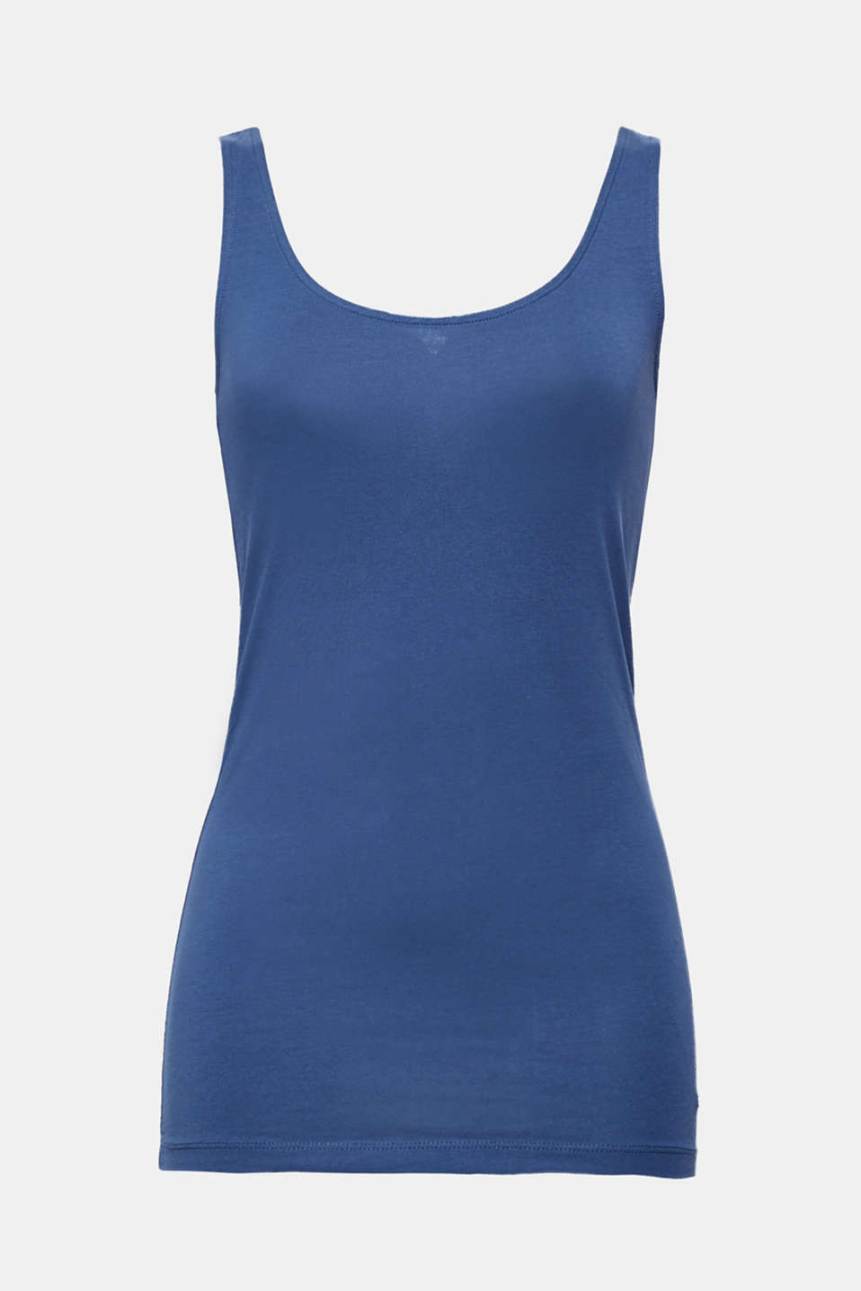 Your summer essential: sporty vest made of gently processed, high-quality organic cotton with stretch for comfort.