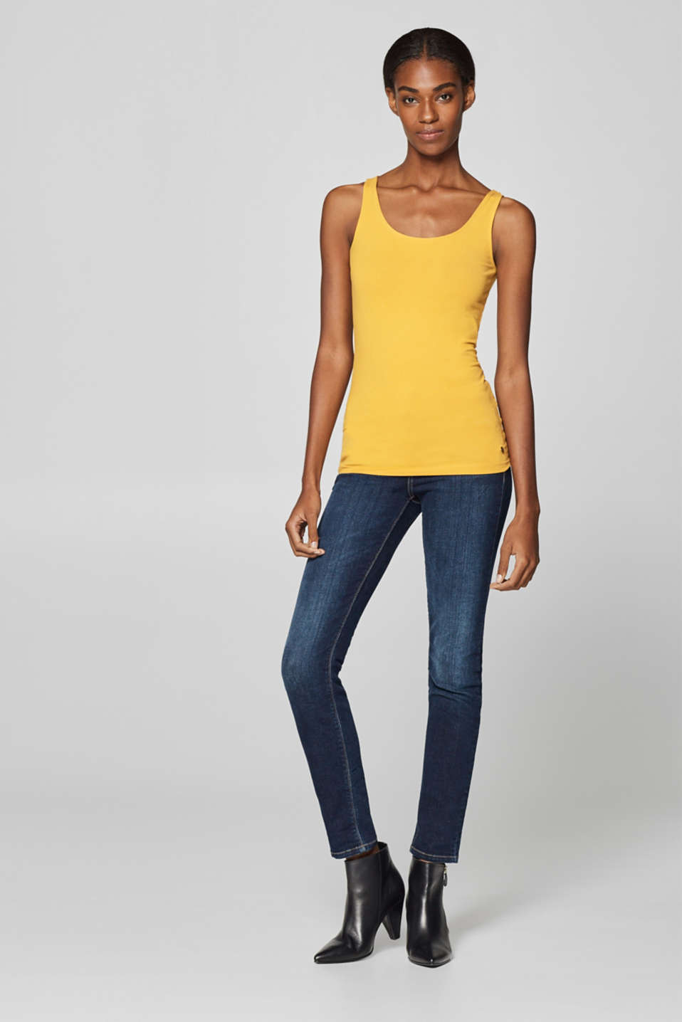 Esprit - Basic stretch top with organic cotton