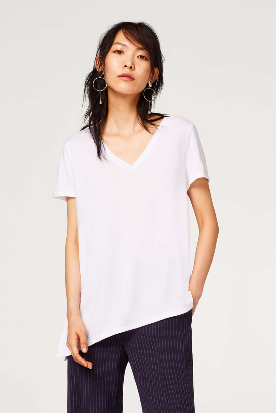 Esprit - Ultra-softes V-Neck-Shirt